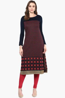 W Womens Round Neck Printed Knitted Kurta