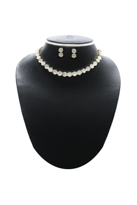 ZAVERI PEARLS Necklace Set-ZPFK399