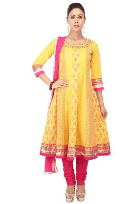 HAUTE CURRYWomen Cotton Anarkali Printed Churidar Suit
