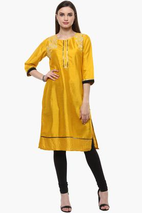 RANGRITI Womens Round Neck Embroidered Solid Kurta - 201504913