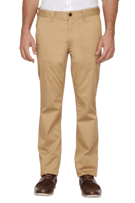 INDIAN TERRAINMens Slim Fit Solid Chinos