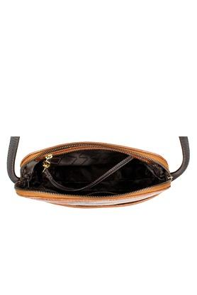 HIDESIGN - Tan Handbags - 4