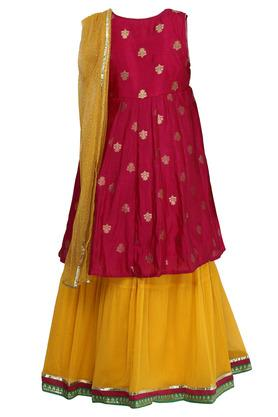 Girls Notched Neck Printed Kurta Skirt Set with Dupatta