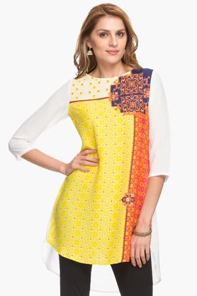 IMARA Womens Round Neck Dipped Hem Printed Kurta