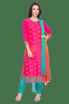 HAUTE CURRYWomen Chanderi Printed Churidar Suit