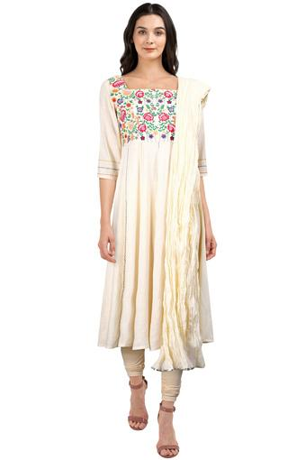 Womens Square Neck Embroidered Churidar Suit