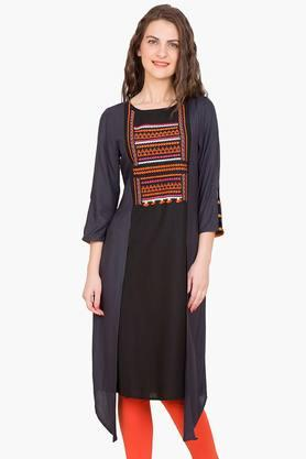 DESI BELLE Womens Colour Block Asymmetric Kurta