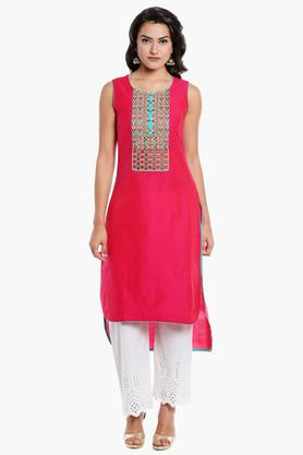 KASHISH Womens Round Neck Solid Dipped Hem Kurta