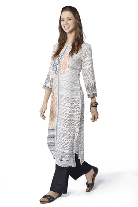 GLOBAL DESI Women Rayon And Viscose Kurtas