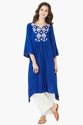 GLOBAL DESI Womens Notched Neck Embroidered Tunic