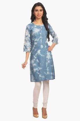 Women Light Poly Cotton Straight Kurta