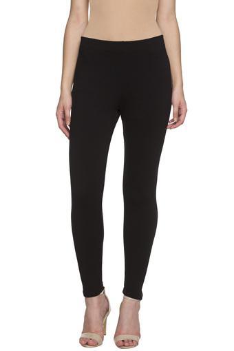 C309 -  BlackJeans & Jeggings - Main