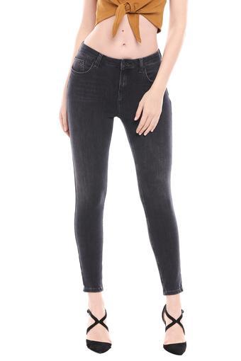 COVER STORY -  BlackJeans & Leggings - Main