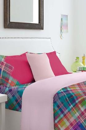 SPACES Cotton Check King Bedsheet With Pillow Cover