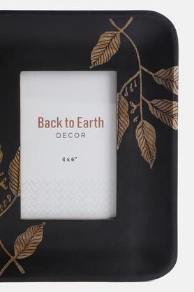 BACK TO EARTH - Black MixPhoto Frames - 4