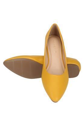 ALLEN SOLLY - YellowWomen Ballerians - 3