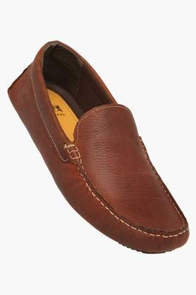 61f522204895 X RED TAPE Mens Leather Slipon Casual Shoes