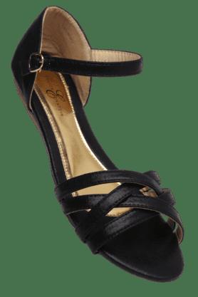 ELLIZA DONATEINWomens Buckle Closure Flat Sandal