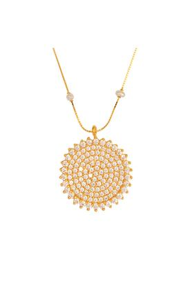Womens Yellow Gold Pearls Chain With Pendant GNKD16031087