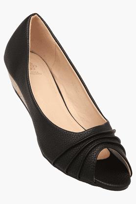 TRESMODEWomens Party Wear Slipon Wedge Sandal