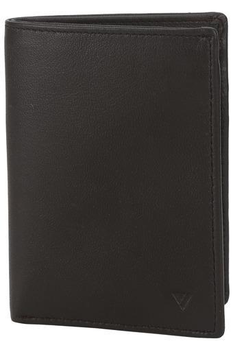 C124 -  BlackWallets & Card Holders - Main