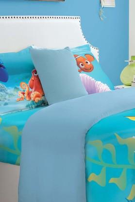 SPACESDisney Dory Blue Double Bed Sheet With 2 Pillow Covers