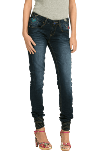 Women Blended Stretch Mid Rise Skinny Fit Jeans