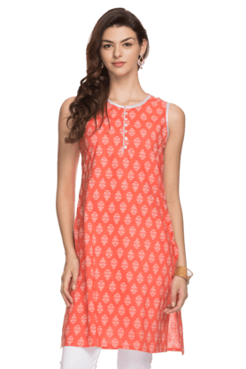STOP Womens Sleeveless Printed Kurta - 200868933