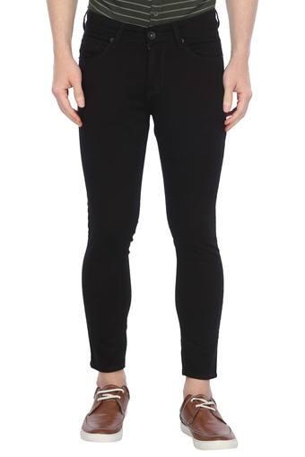 C359 -  BlackJeans - Main