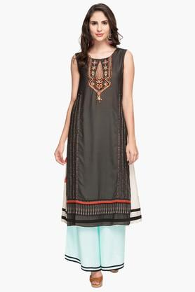 W Womens Round Neck Colour Block Embroidered Layered Kurta