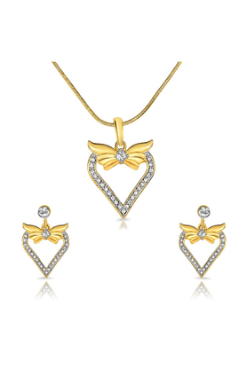 MAHIMahi Gold Plated Love N Liberty Pendant Set Of Brass Alloy With Crystal For Women NL1101720G