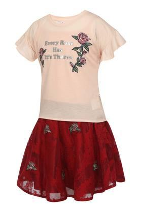 Girls Round Neck Applique Top and Skirt Set