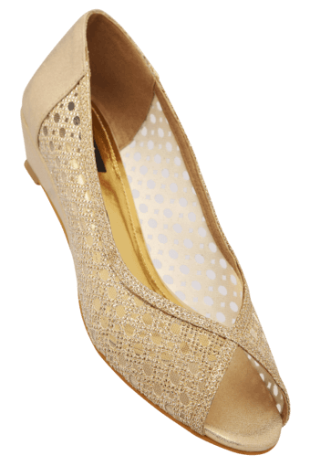 Upto 63% Off On Selected Styles By Shopperstop | Womens Party Wear Slipon Pump shoe @ Rs.699