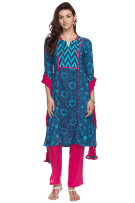 STOP Womens Pants Kurta Dupatta Set