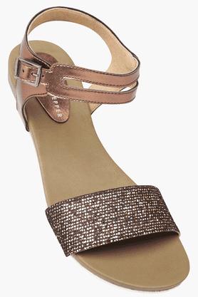 LEMON & PEPPERWomens Casual Ankle Buckle Closure Flat Sandal