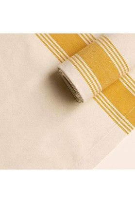 ELLEMENTRY - YellowTable Covers - 1