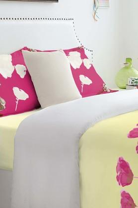 SPACESAtrium Plus Pink Cotton Double Bed Sheet With 2 Pillow Covers