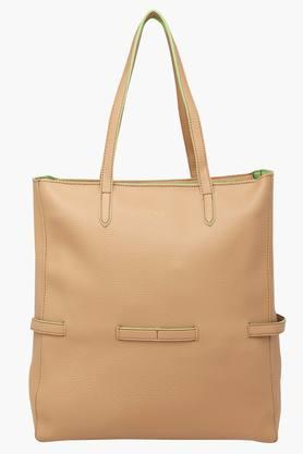 Buy Ladies Purse & Handbags Online | Shoppers Stop