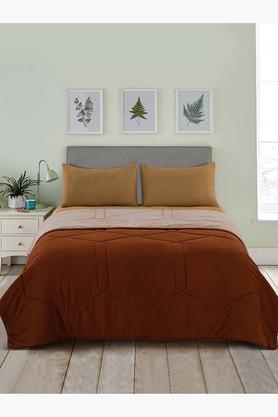 Premium Collection Soft And Light Weight Microfibre Reversible Double Quilt / Comforter