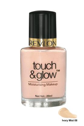 REVLONTouch And Glow Moisturising Makeup