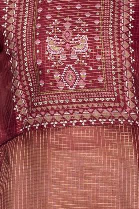 Womens Round Neck Printed Embroidered Kurta