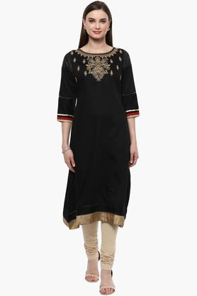 RANGRITI Womens Round Neck Embroidered Solid Kurta - 201504907