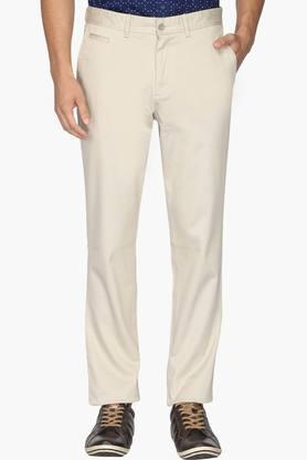 INDIAN TERRAIN Mens Slim Fit 5 Pocket Solid Trousers (Brooklyn Fit)