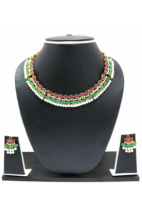 ZAVERI PEARLS STYLISH MODERN LOOK NECKLACE SET BY - ZPFK1725