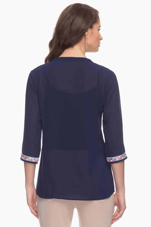 Mesmerize Womens Embroidered Tunic