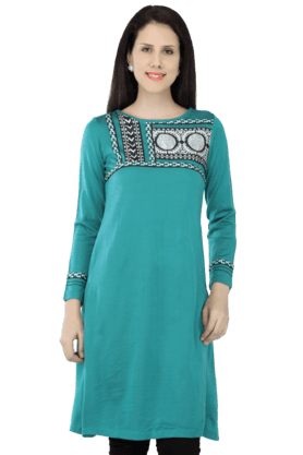 W Women Printed Kurta With Long Sleeves - 200409630