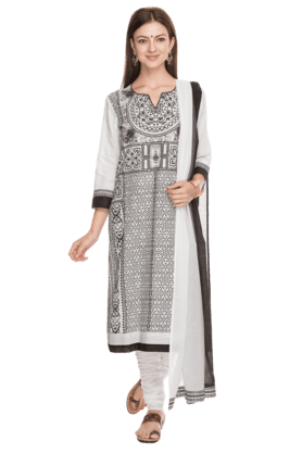 BIBAWomens Printed Churidar Suit