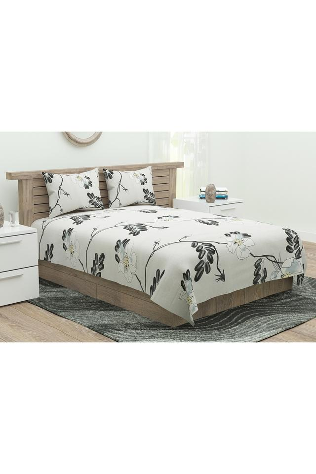 Four Seasons Floral Print Double Flat Sheet with 2 Pillow Covers