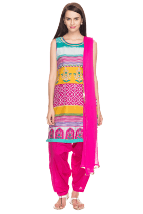 HAUTE CURRY Women Printed Patiala Suit