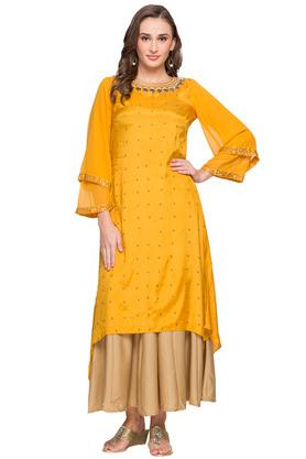 Womens Round Neck Embellished Asymmetrical Kurta